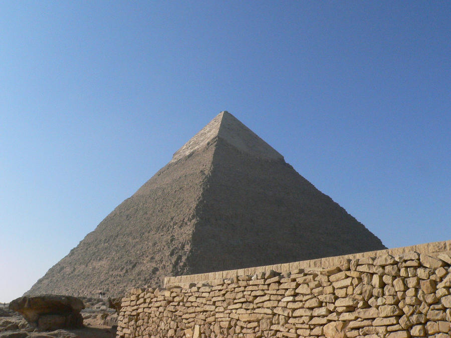 giza 2 by Mysteriouspizza