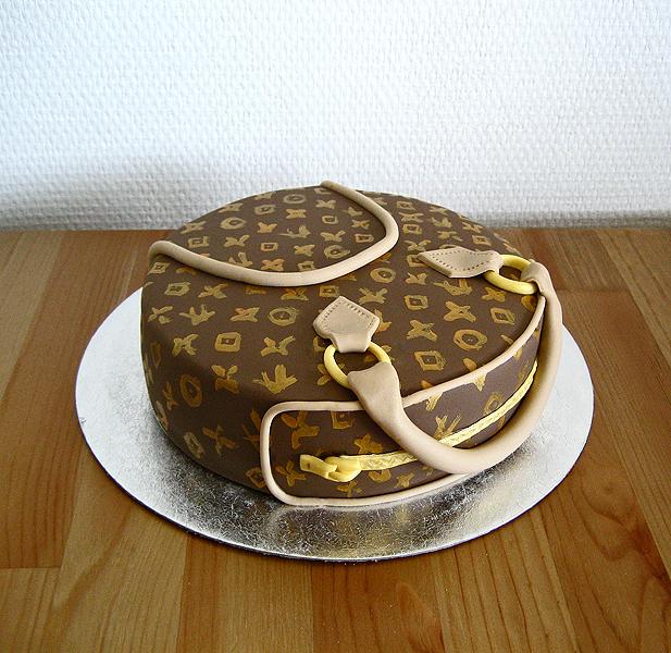 Edible Cake Images Louis Vuitton : Louis Vuitton Cake by Naera on DeviantArt