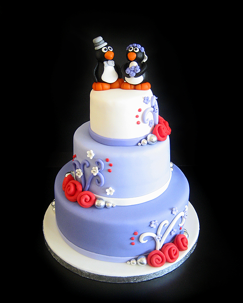 Small Weddingcake by Naera