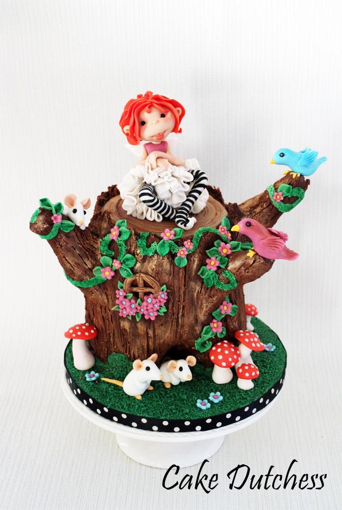 Tree Trunk Fairy by Naera