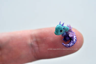 Baby Fairy Dragon Micro sculpture by wibblequibble