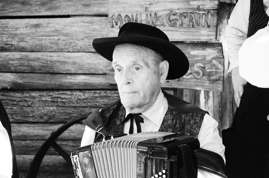 The happiest accordion player, ever. by MikeyHramiak