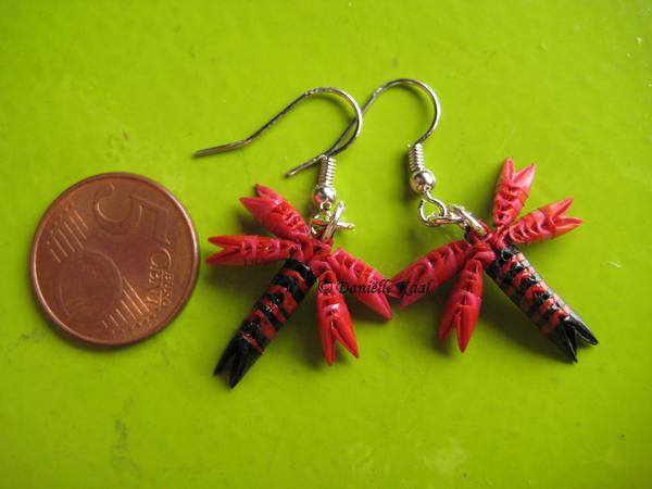 Tiny Dragonfly Earrings by Delinlea