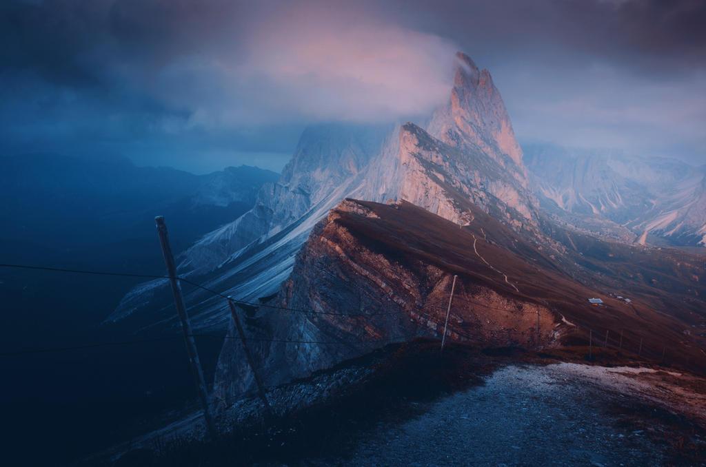 Edge of the world by HendrikMandla