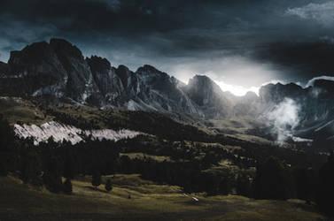 Under the dark sky by HendrikMandla