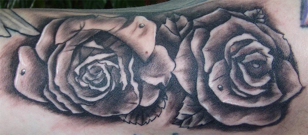 Roses by RawGraff