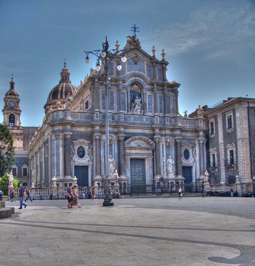 Duomo by sogollogos