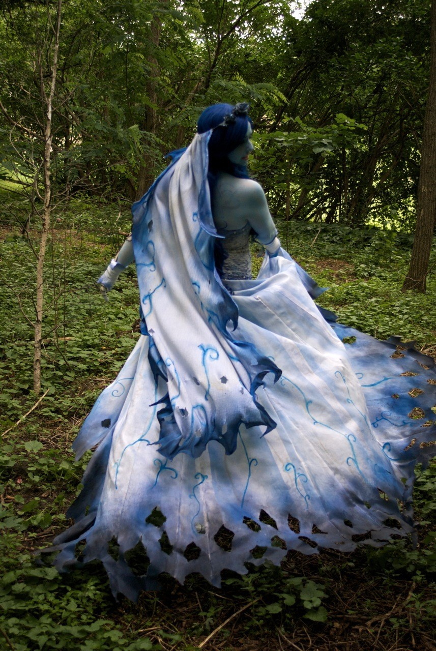 Corpse Bride forest dance corpse bride wedding dress Corpse Bride forest dance by Elentari Liv