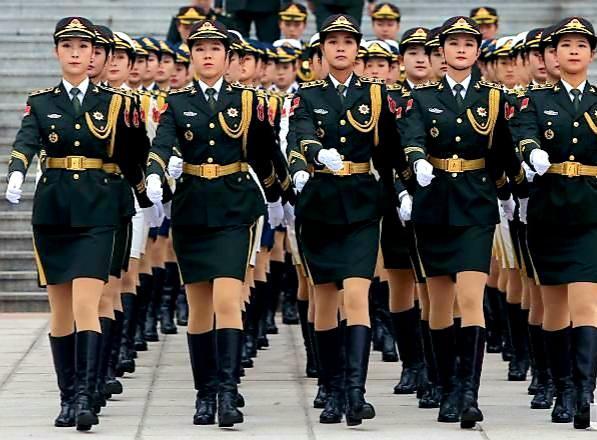 Chinese female honor guard