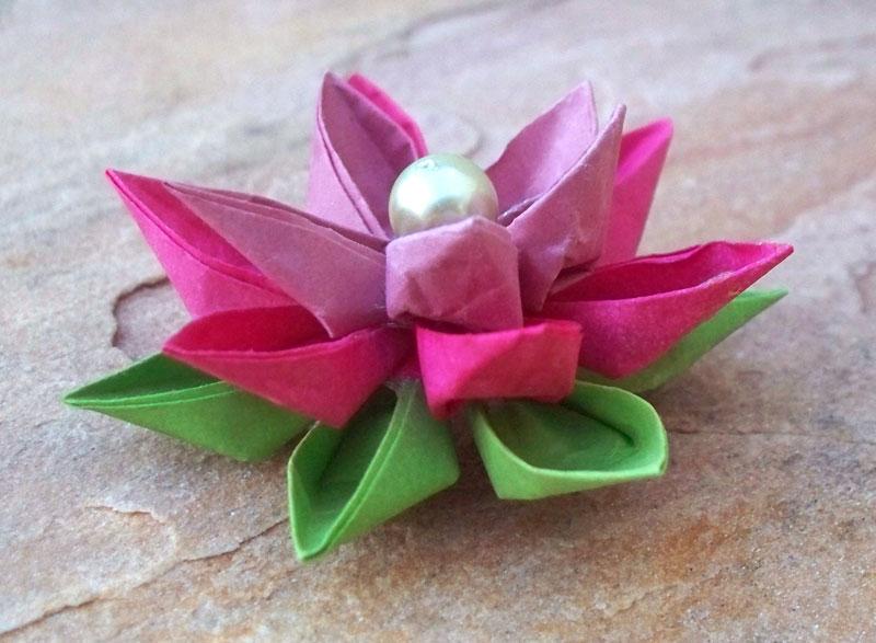Lotus Flower Kanzashi by tiranaki