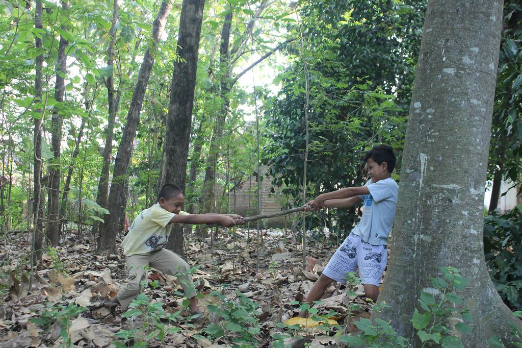 childs by andhikazanuar