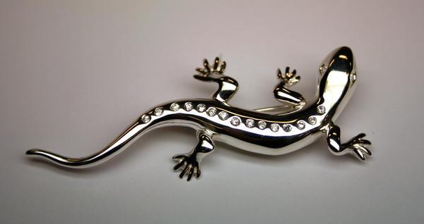 Renovation: Lizard brooch by LARvonCL