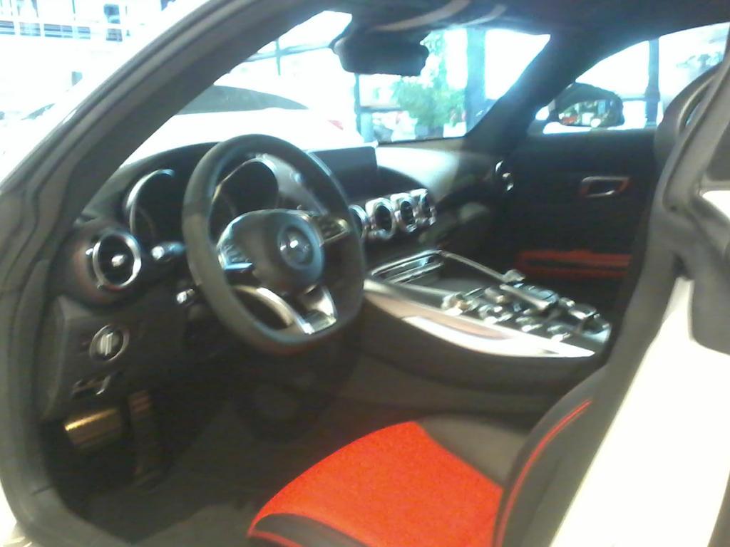 AMG GT interieur by ShalaskaLuna