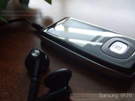 Samsung YP-T9 by cyantific