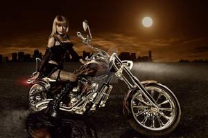 Biker Girl - Reto Saluz