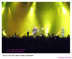 FALL OUT BOY PARIS ZENITH LIVE by mopiou
