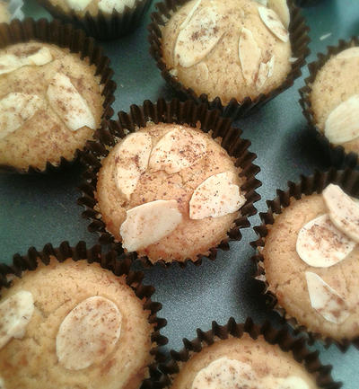 Mini almond cinnamon muffin by MeYaIeM