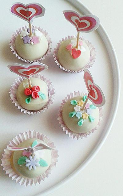 Cakepops by MeYaIeM