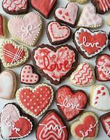 St Valentine decorated cookies by MeYaIeM