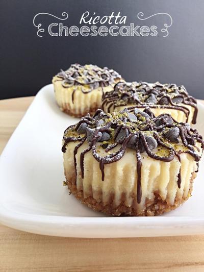 Mini Ricotta Cheesecakes by MeYaIeM
