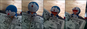 Doraemon reads Doraemon by weirdMushroom