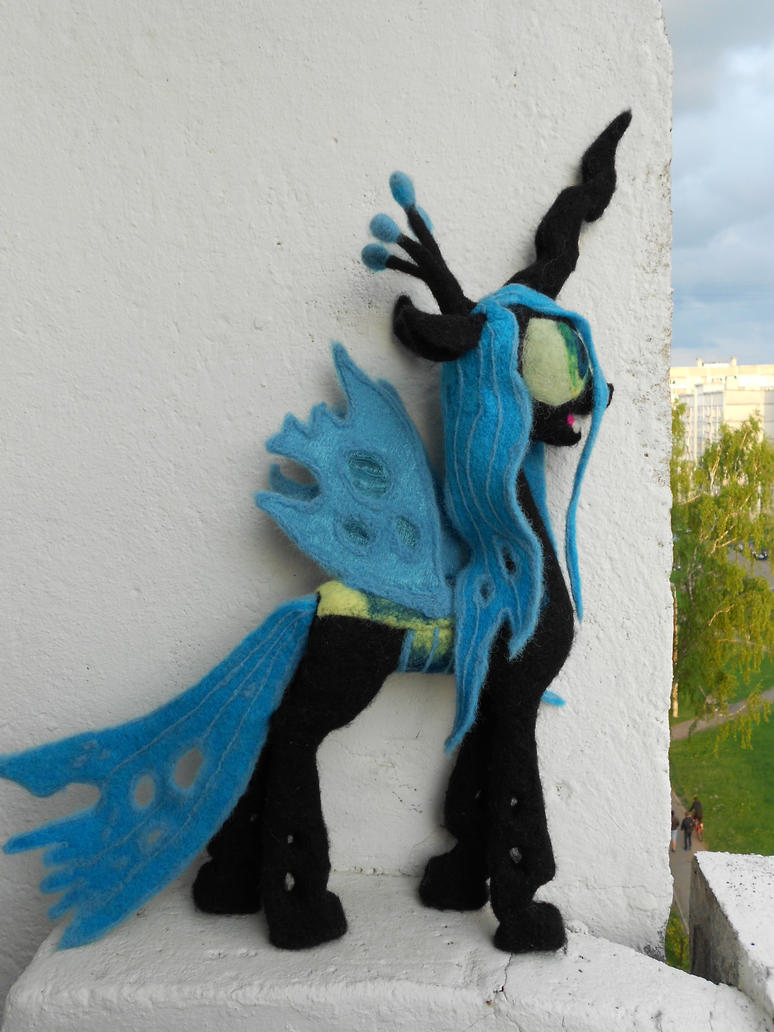 Needle Felted Queen Chrysalis by MaijaFeja