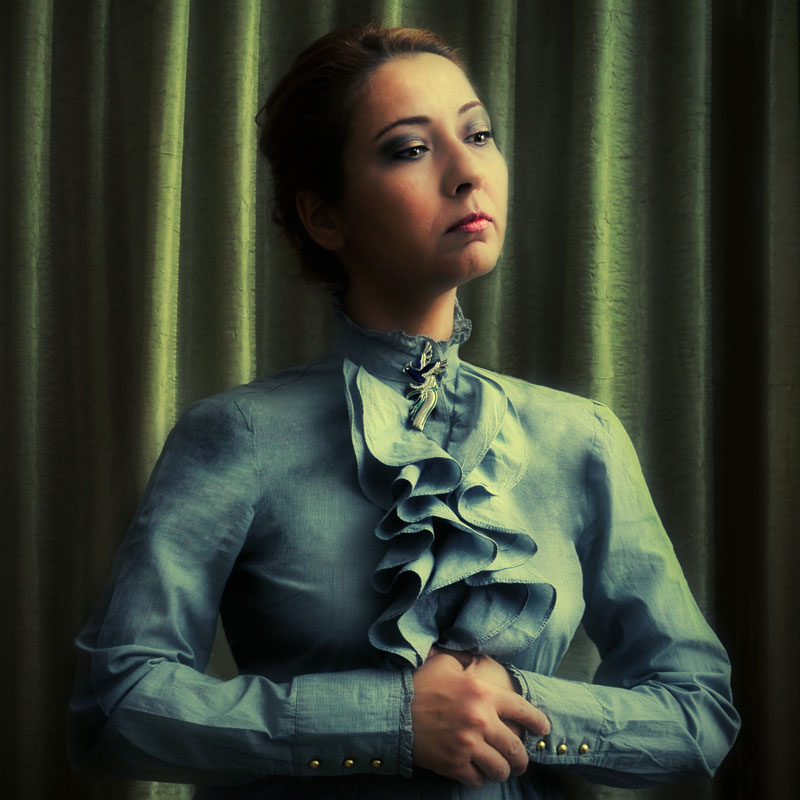 governess by cenkercenker