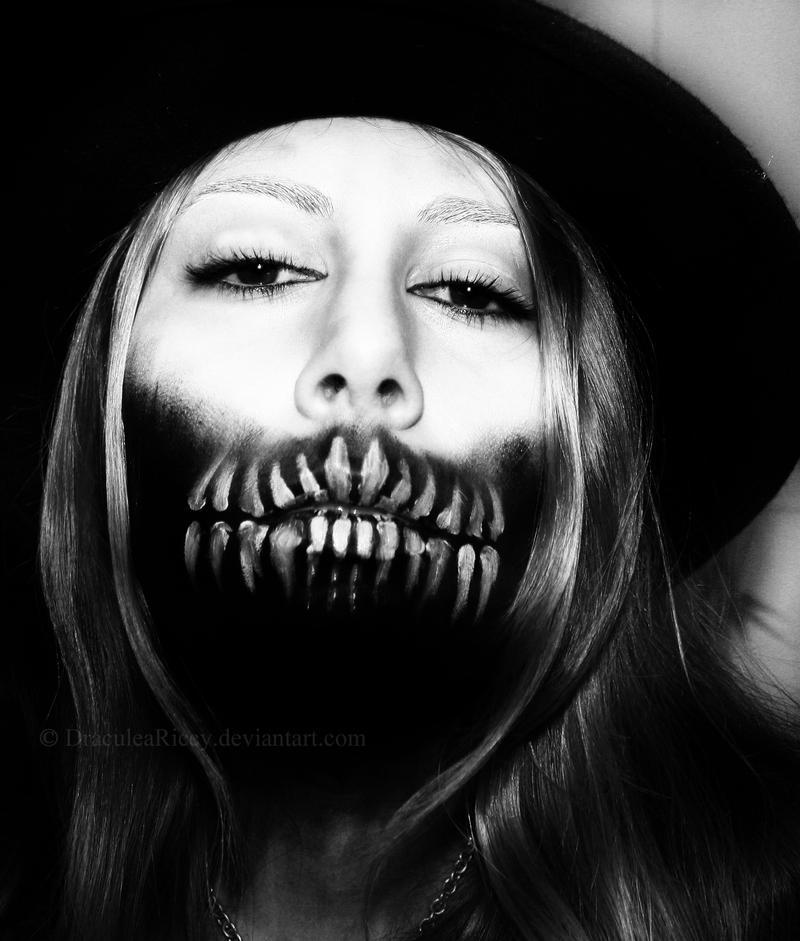 Dark Souls by DraculeaRiccy