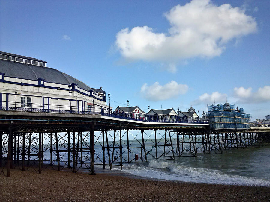 Eastbourne by Marutsuchi