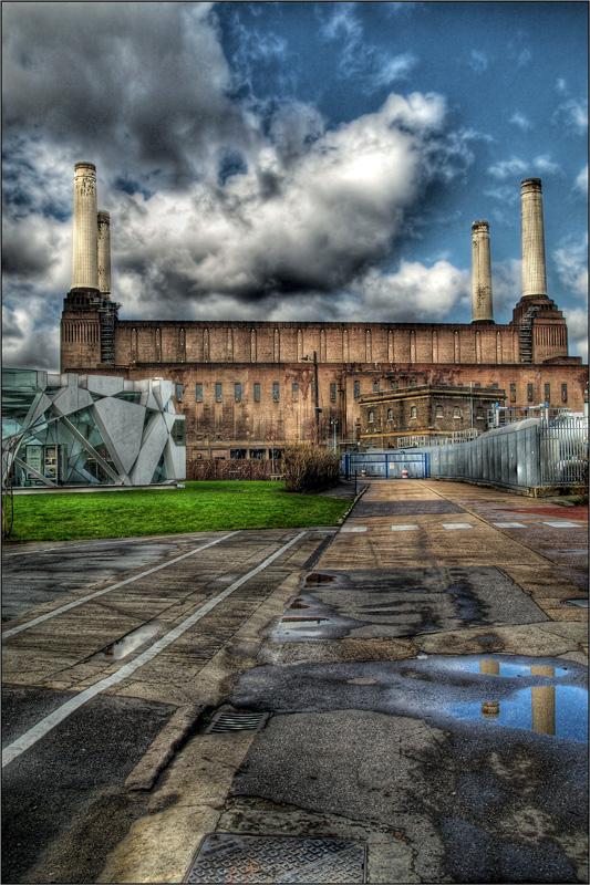 Battersea Power Station by Paleuf