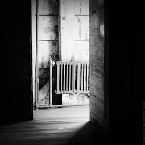 grey room.