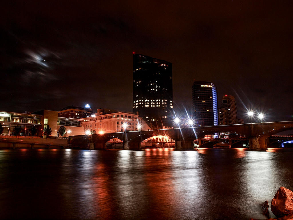Grand Rapids Skyline 1 by blackismyheart90