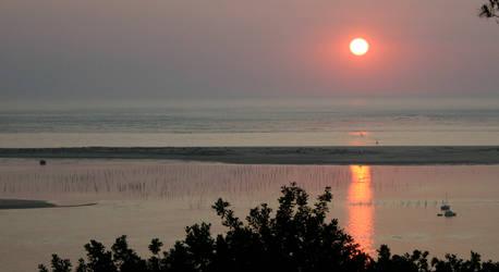 Arcachon Basin Sunset Zoom by amerindub