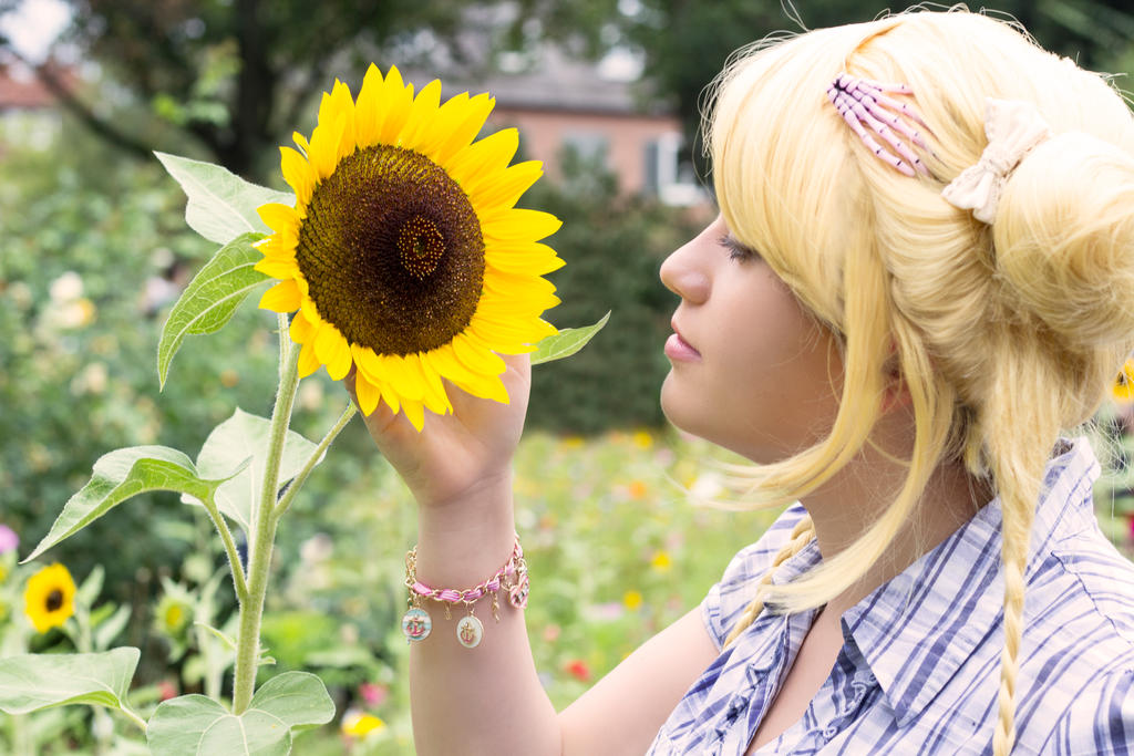 Usagi Tsukino - Sailor Moon [Cosplay] by Sayuri-Tomoe