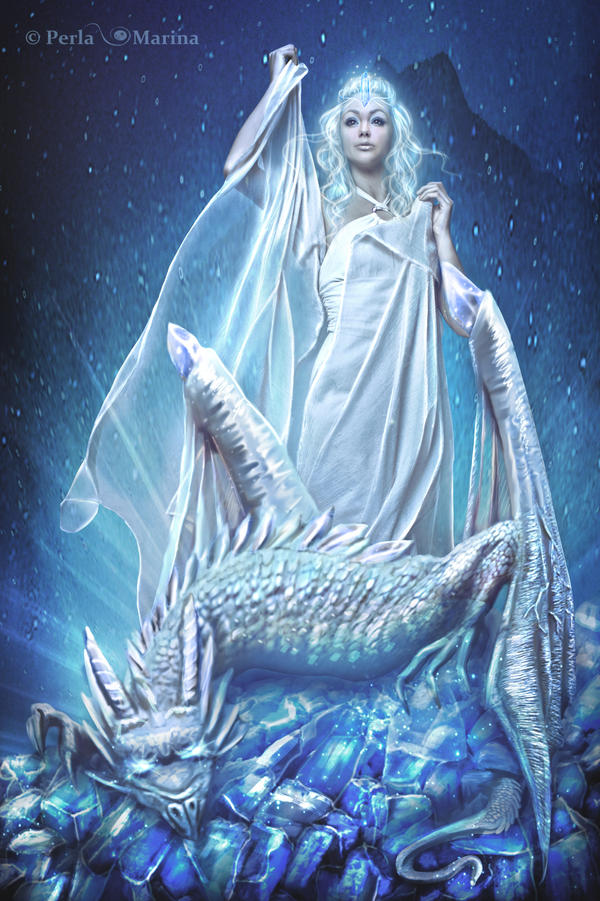 Winter Dragon by PerlaMarina