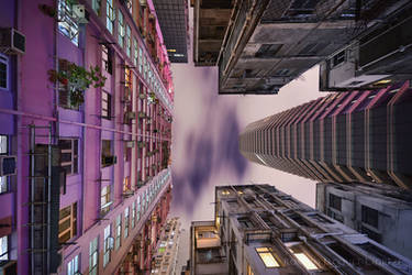 Vertical Horizon #81 by romainjl