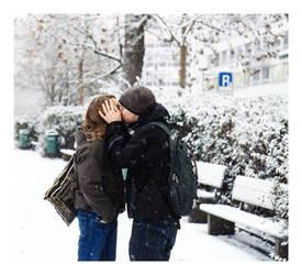 the kiss. by myheartwentBANG
