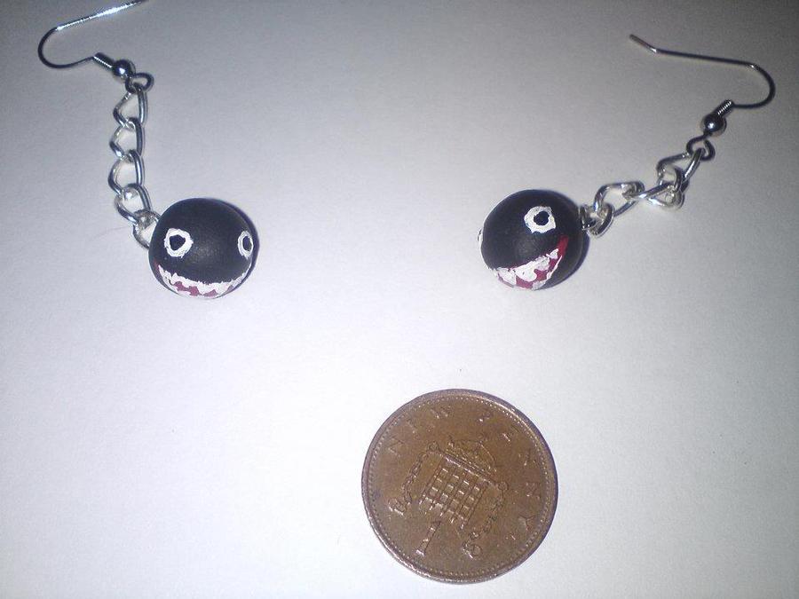 chain chomp handmade polymer earrings by ashleiibear on