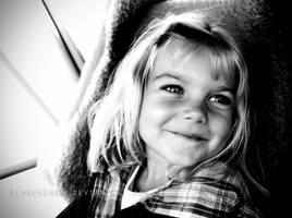 Smile by gloeckchen
