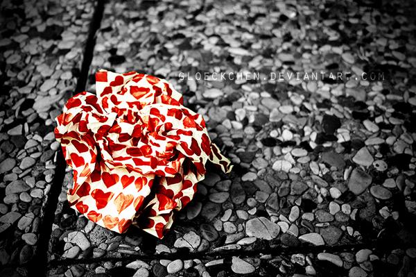 The broken hearted by gloeckchen