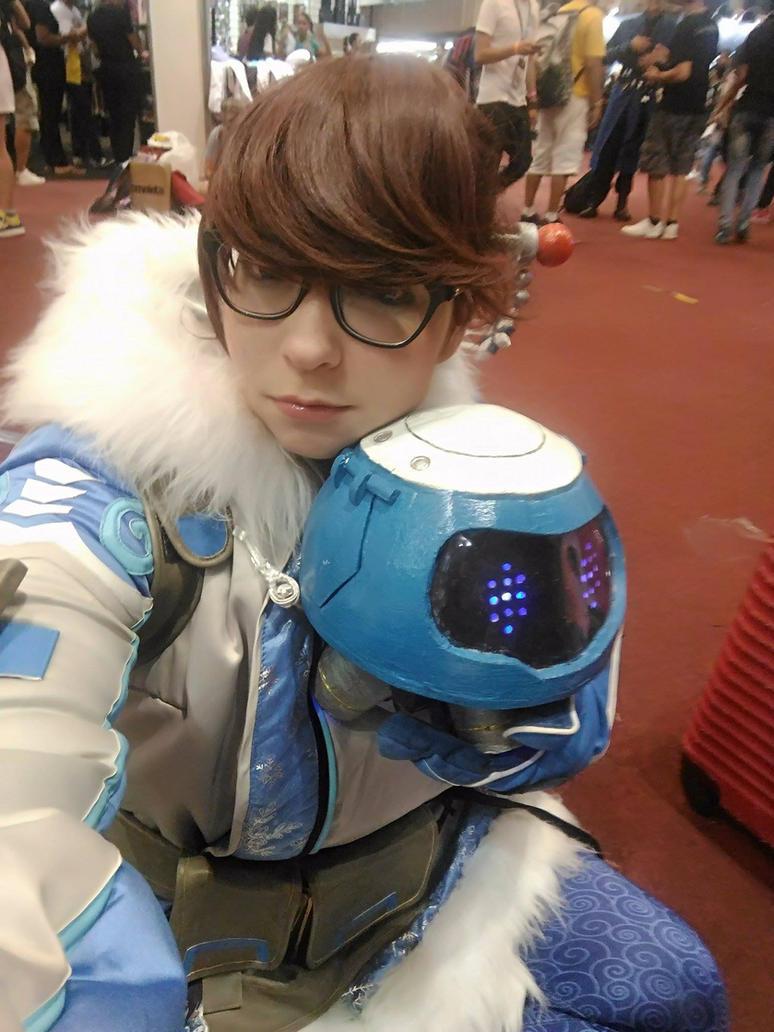 Mei Overwatch and Snowball by ViihShirayuki