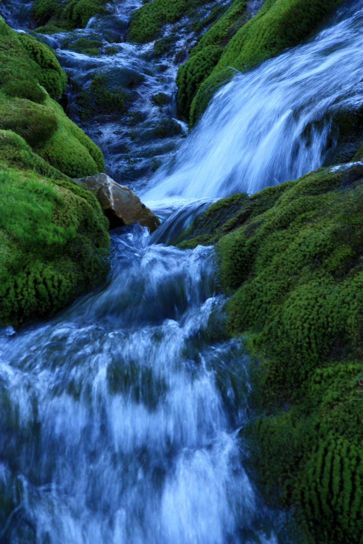 flowing river wallpaper - photo #2