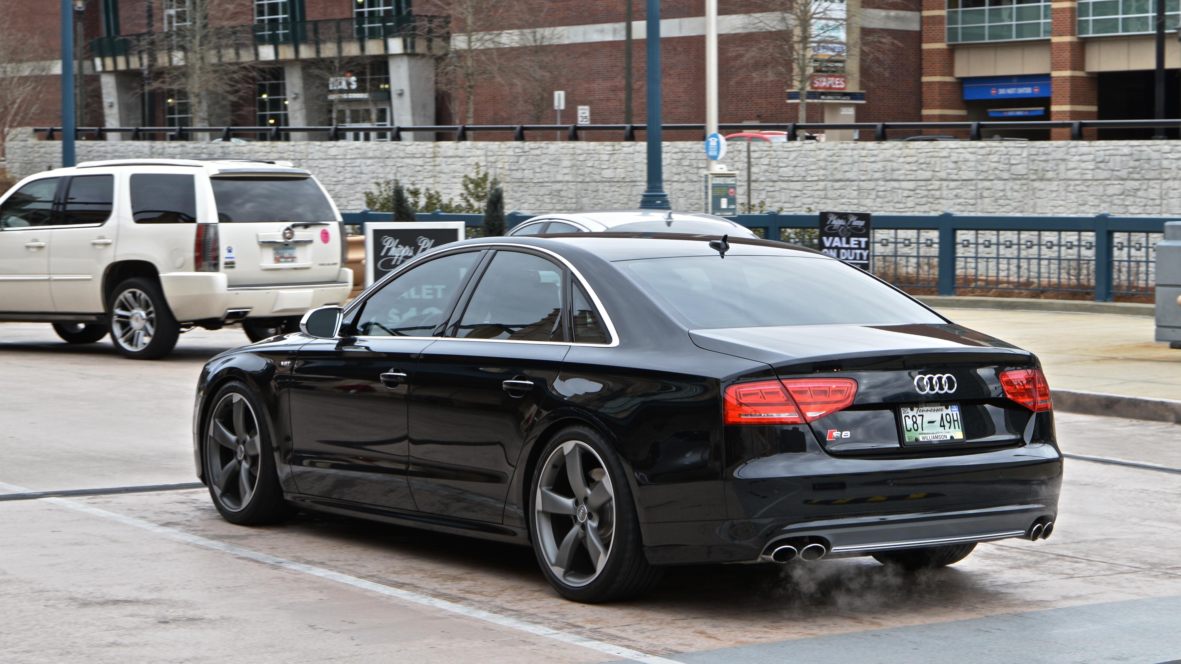 S8 car - Color: Black  // Description: elegant