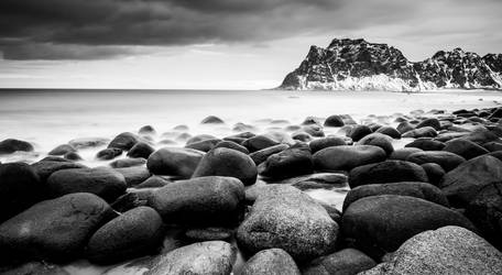 Rocky Beach by schneids