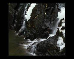 winter waterfalls by jeni-cek