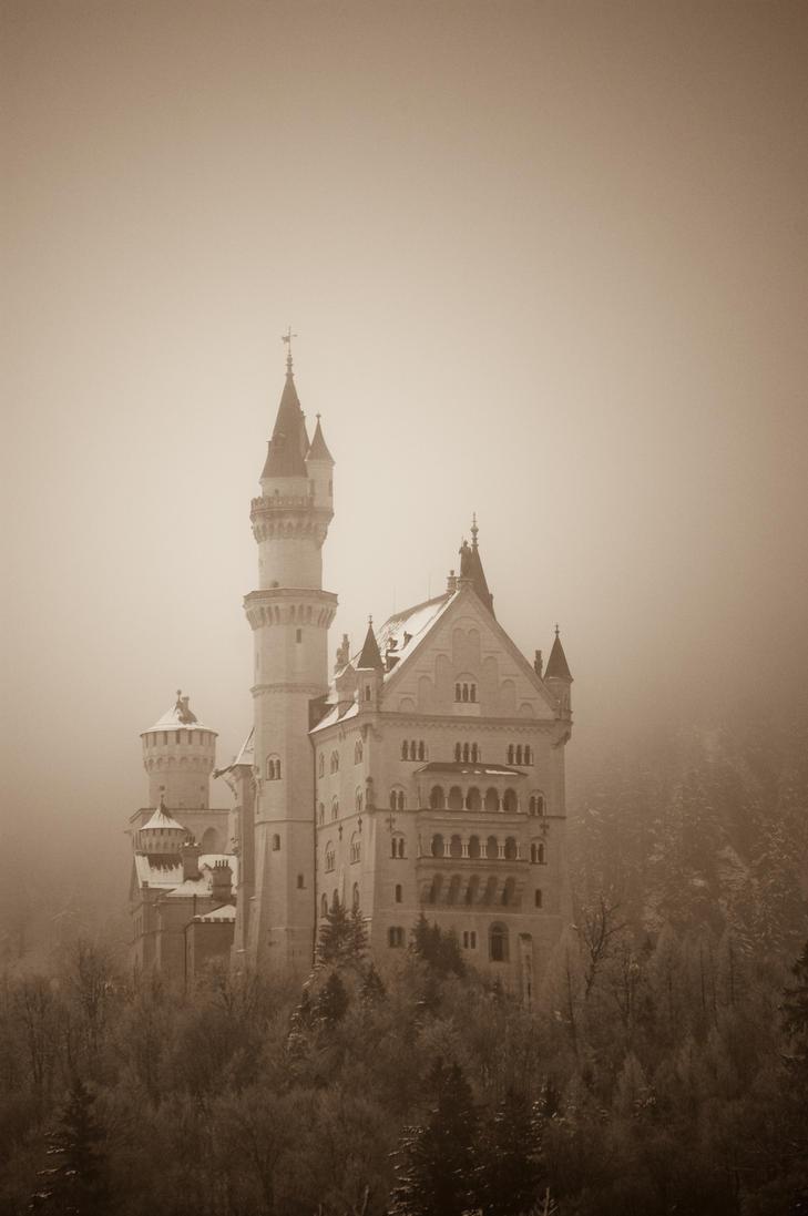 Neuschwanstein by VisuallySpeaking