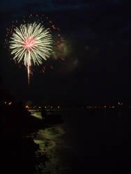 Fireworks 04 by requiem2872