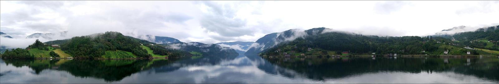 Ulvik, Norway by alaarch