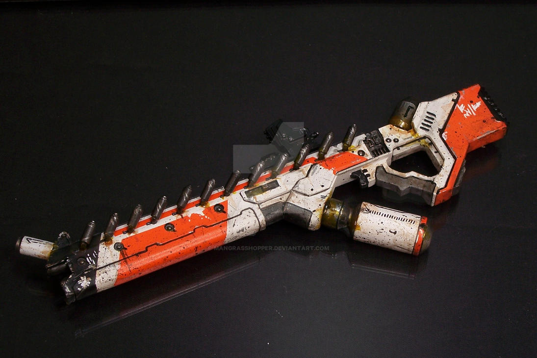 District 9 Assault Rifle by mangrasshopper