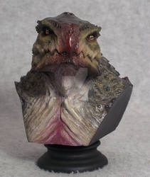 Shallow Water mini bust